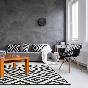 IKEAの幾何学模様のラグとファブリック