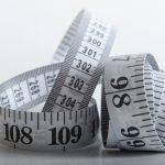 メジャーでサイズを測る